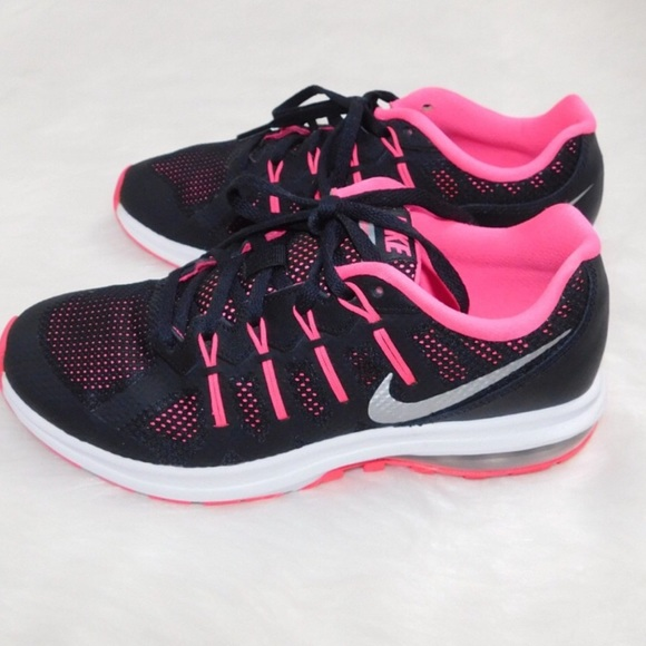 Nike Air Max Girls Sneakers Size 6 Pink & Black
